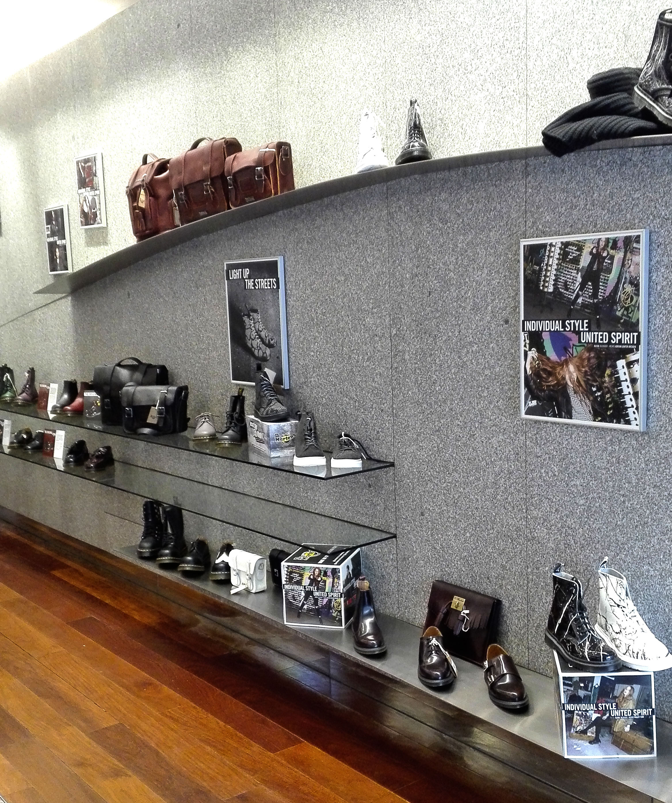 dr martens pop up store madrid popupspain (4)