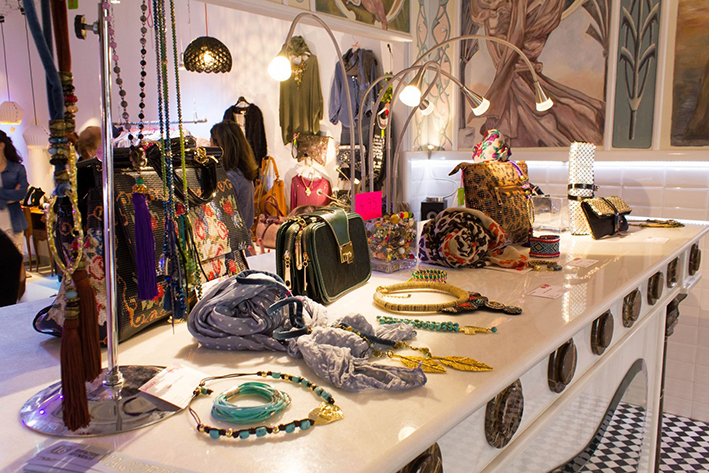pop_up_store_spain_moda_chic_tienda_temporal_malasaña_madrid (3)